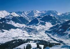 Gstaad ski area, Switzerland - Photo: Gstaad Saanenland Tourisme