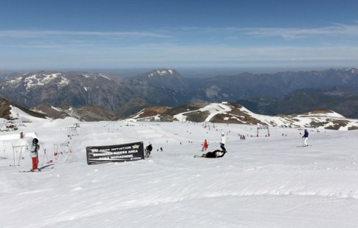 Les 2 Alpes glacier, France - Weather to ski - Our Blog: Where to ski in the Alps in June