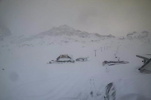 Cervinia, Italy - Weather to ski - Today in the Alps, 21 November 2015