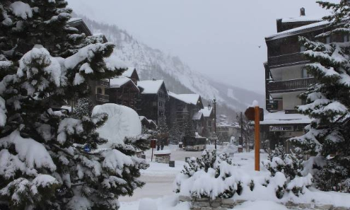 Val d'Isère, France - Weather to ski - Today in the Alps, 4 January 2016