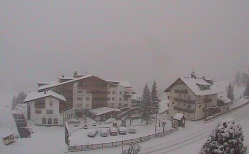 Colfosco, Alta Badia, Italy - Weather to ski - Today in the Alps, 17 February 2016
