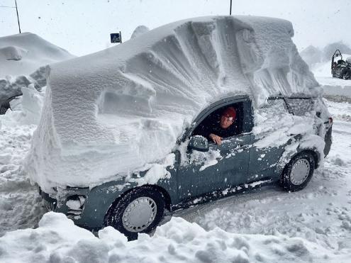 Artesina/Prato Nevoso, Italy - Weather to ski - Today in the Alps, 1 March 2016