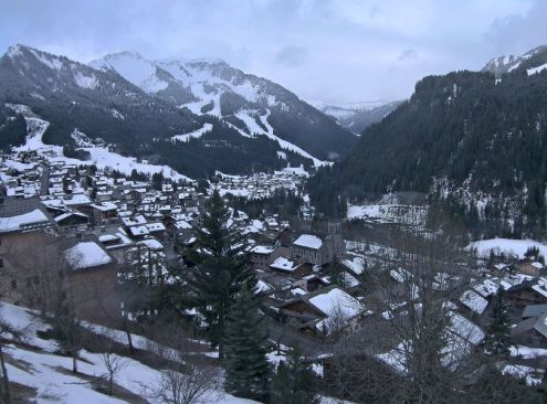Morzine, France - Weather to ski - Snow report, 31 March 2016