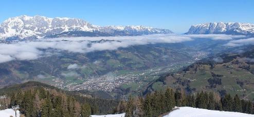 St Johann im Pongau, Austria - Weather to ski - Today in the Alps, 11 April 2016