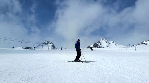 Sölden, Austria - Weather to ski - Today in the Alps, 17 April 2016