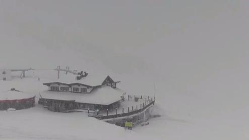 Sölden, Austria - Weather to ski - Today in the Alps, 18 April 2016