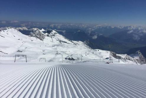 Kitzsteinhorn glacier, Austria - Weather to ski - Our Blog: Where to ski in the Alps in June
