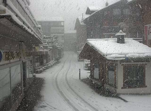 Saas-Fee, Switzerland - Weather to ski - Who got the most snow in the Alps in 2015-16?