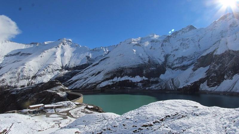 Kaprun, Austria – Weather to ski – Today in the Alps, 5 October 2016