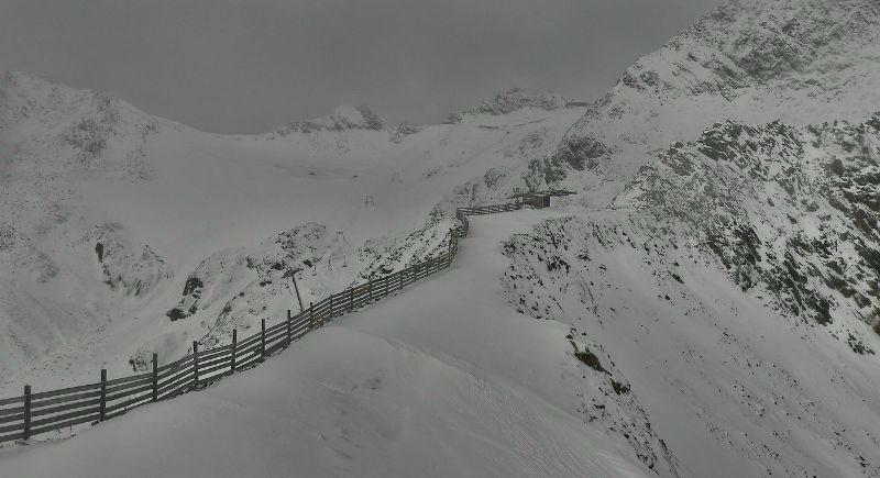 Stubai, Austria – Weather to ski – Today in the Alps, 18 October 2016