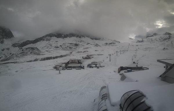 Cervinia, Italy – Weather to ski – Today in the Alps, 24 October 2016