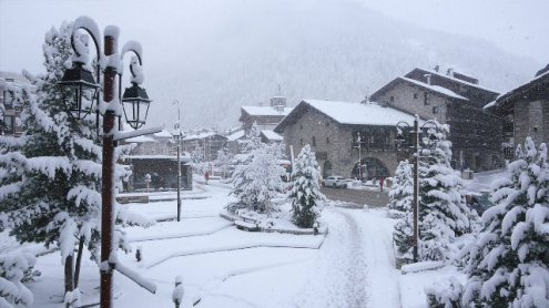 Val d'Isère, France – Weather to ski – Today in the Alps, 26 March 2017