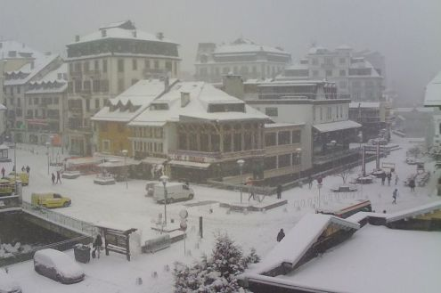 Chamonix, France – Weather to ski – Today in the Alps, 27 February 2020