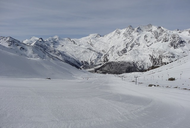 Saas-Grund, Switzerland - 5 reasons to choose Saas-Fee for your next family ski holiday - Photo: weathertoski.co.uk