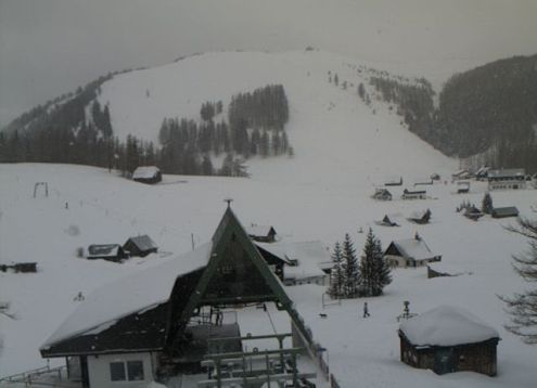 Tux valley, Austria – Weather to ski – Snow report, 31 December 2015