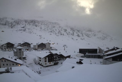 Zürs, Austria - Weather to ski - Today in the Alps, 3 January 2016
