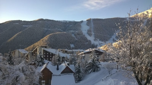 Auron, France - Weather to ski - Today in the Alps, 8 February 2016