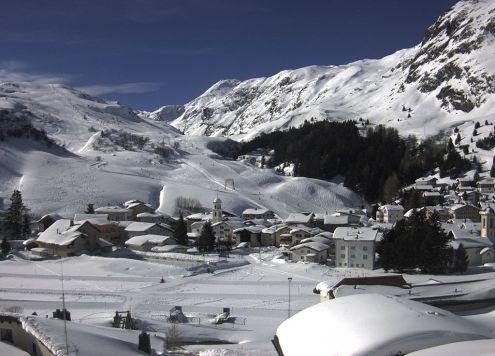 Bivio, Switzerland – Weather to ski – Snow report, 14 February 2019