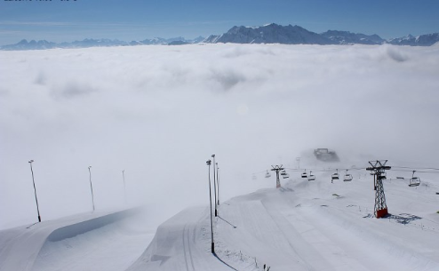 Laax, Switzerland - Weather to ski - Today in the Alps, 22 March 2016