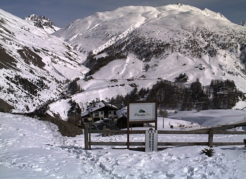 Cervinia, Italy - Weather to ski - Snow report, 14 April 2016