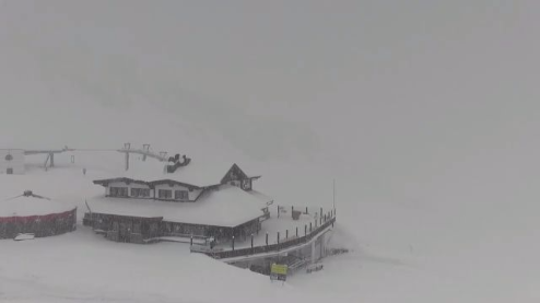 Sölden, Austria - Weather to ski - Today in the Alps, 18 April 2016