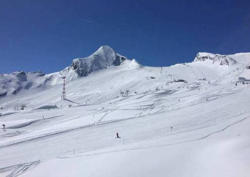 Kitzsteinhorn glacier, Kaprun, Austria - Best places to ski in the Alps in May