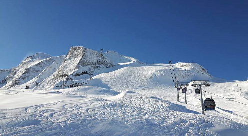 Hintertux, Austria - Weather to ski - Complete guide to early season snow conditions in the Alps