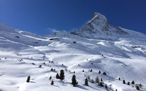 Zermatt, Switzerland - Weather to ski - Complete guide to early season snow conditions in the Alps