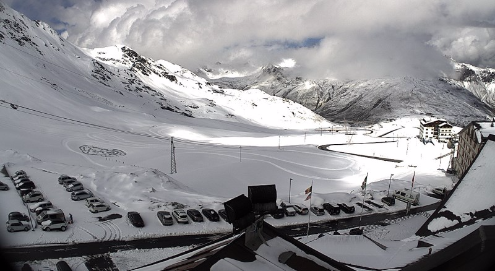 Passo Stelvio, Italy - Weather to ski - Snow news, 17 June 2016
