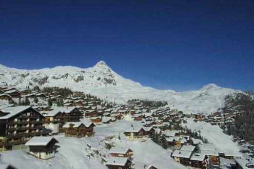 Wonderful weather and snow in Bettmeralp, Switzerland, 3 December 2019 – Weather to ski – Snow report, 3 December 2019