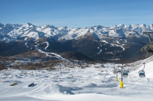 Madonna di Campiglio, Italy – Weather to ski – Today in the Alps, 24 December 2016