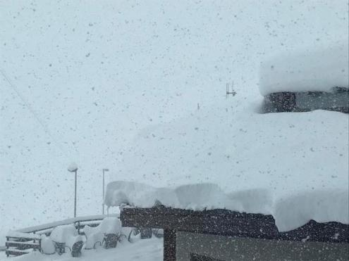 Up to 50cm of new snow at Passo Stelvio in Italy – Weather to ski – Today in the Alps, 9 September 2019