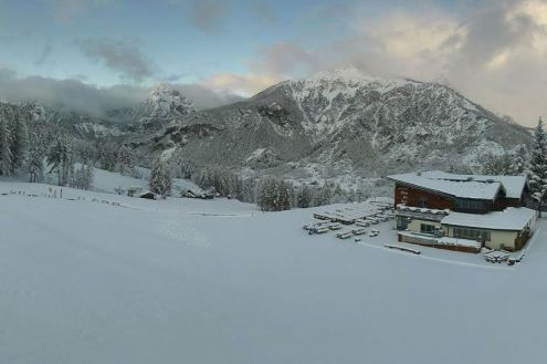 Fresh snow in Bardonecchia, 8 November 2019 – Weather to ski – Today in the Alps, 8 November 2019