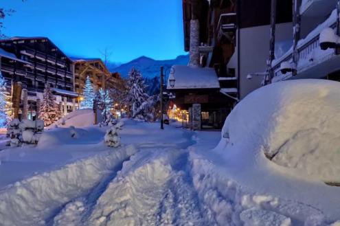 Fresh snow in Val d'Isère, France, on 15 November 2019 – Weather to ski – Today in the Alps, 15 November 2019