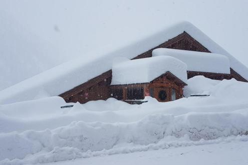 Over 1m of new snow at the weekend in Isola 2000, France – Weather to ski – Today in the Alps, 25 November 2019