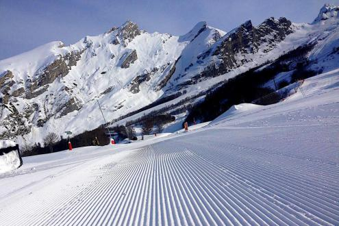 Good snow conditions at altitude in Gourette, France, 3 December 2019 – Weather to ski – Snow report, 3 December 2019