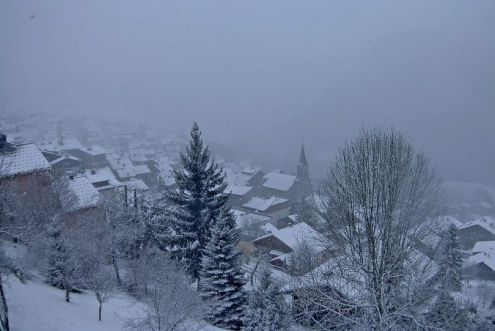 Fresh snow in Châtel, France, 9 December 2019 – Weather to ski – Today in the Alps, 9 December 2019