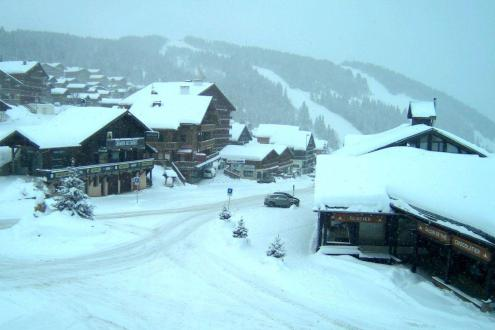 New snow in Les Saisies, France – Weather to ski – Today in the Alps, 12 December 2019