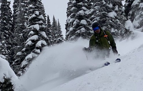 Mustang, British Columbia, Canada – Weather to ski – Who got the most snow in North America in 2019-20?