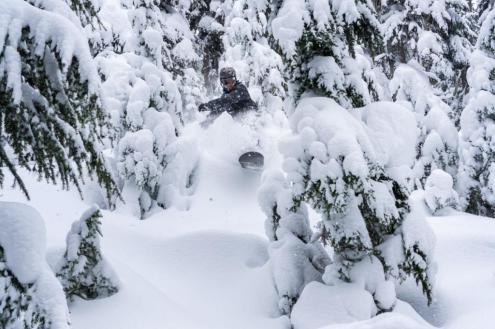 Whistler, Canada – Weather to ski – Who got the most snow in North America in 2019-20?