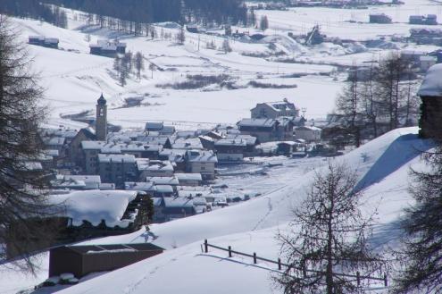 Livigno, Italy - Weather to ski - Top 5 early season ski resorts in Italy