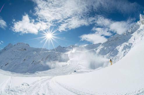 Passo Tonale, Italy - Weather to ski - Top 5 early season ski resorts in Italy