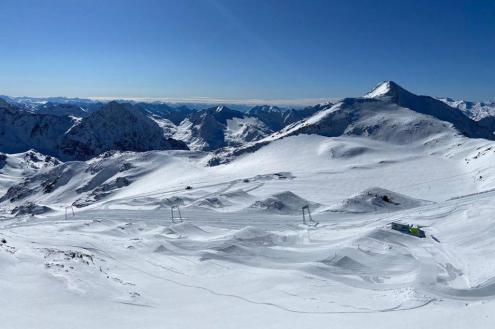 Stubai glacier, Austria – Weather to ski – Today in the Alps, 17 October 2020