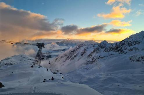 Stubai glacier, Austria – Weather to ski – Today in the Alps, 18 October 2020