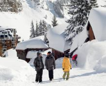 Who got the most snow in the Alps in 2015-16?