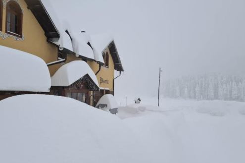 Huge snowfall in the Dolomites, Italy – Weather to ski – Today in the Alps, 7 December 2020